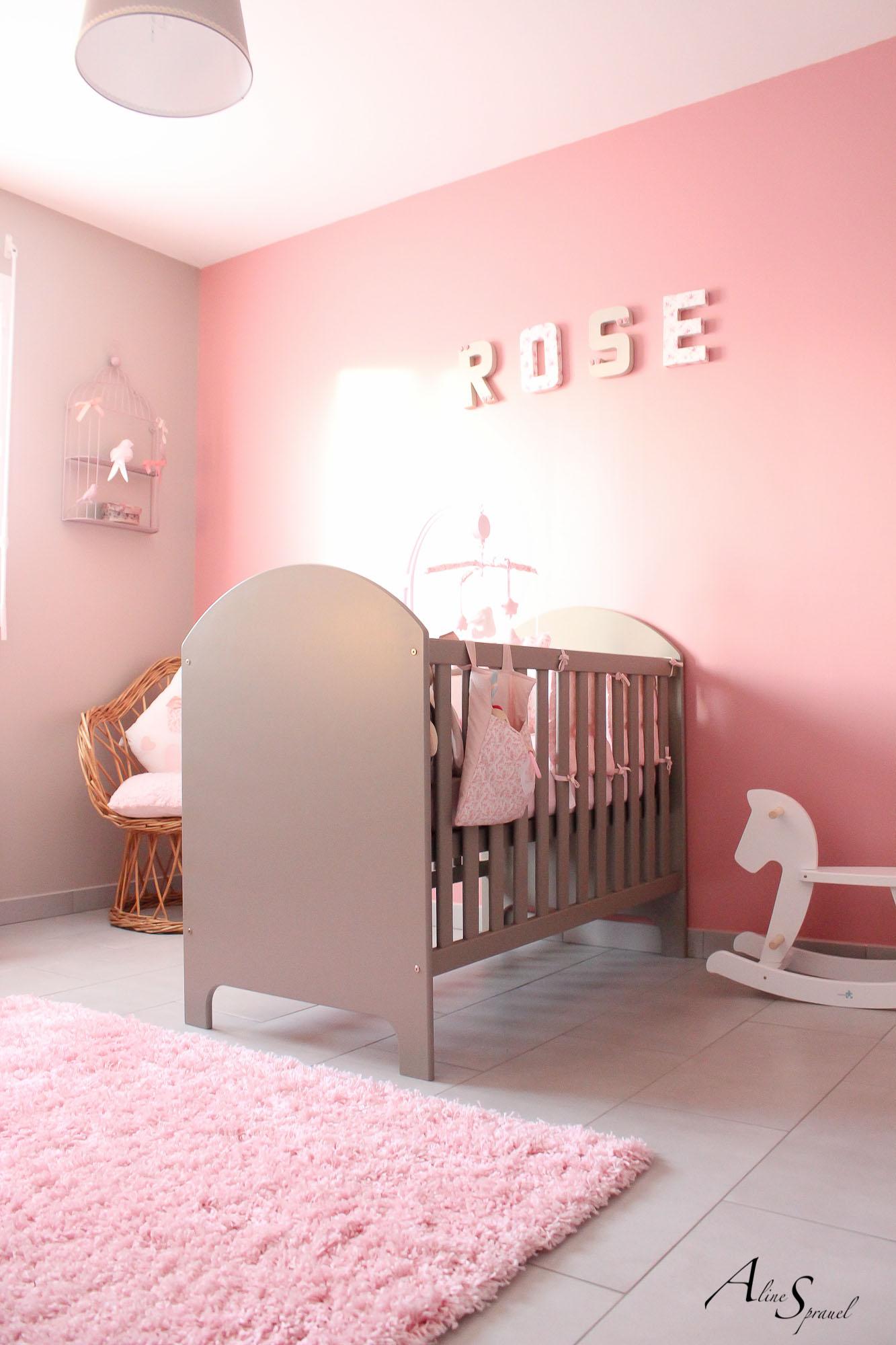 chambre-fille-rose – Photographe Aline