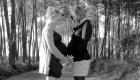 femmes enceinte collées ventre à ventre
