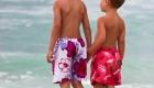 frères à la plage