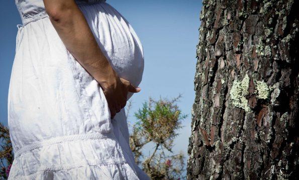 future maman dans les pins