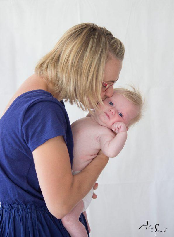 maman bisous bébé