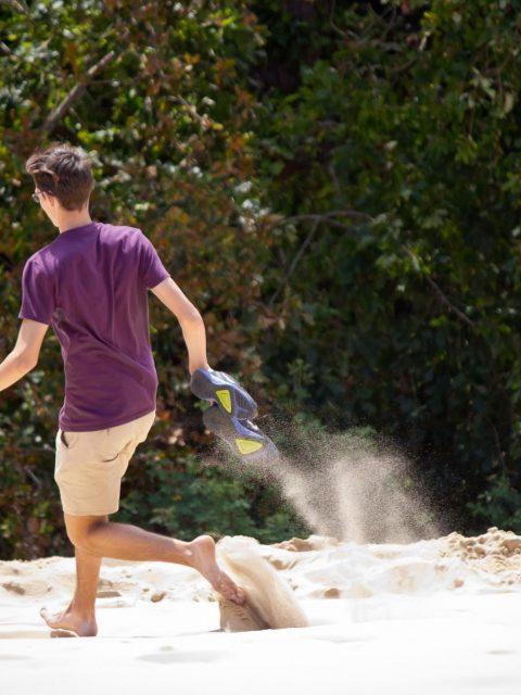 courir dans le sable