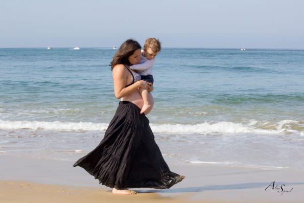 maman porte son fils