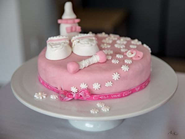 gateau pate a sucre rose