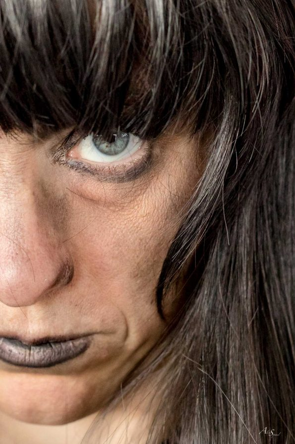 yeux halloween noir