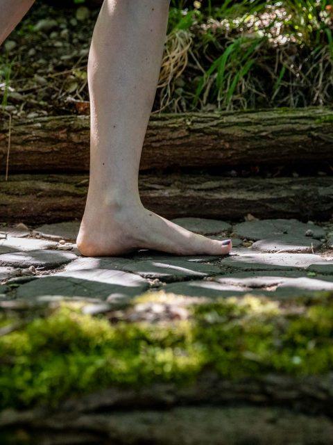nus pieds