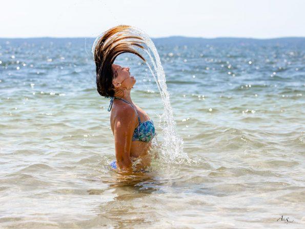 cercle cheveux dans l'eau