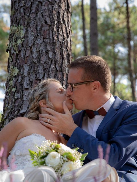 mariés dans les pins