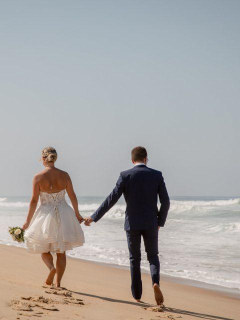 mariés par la main