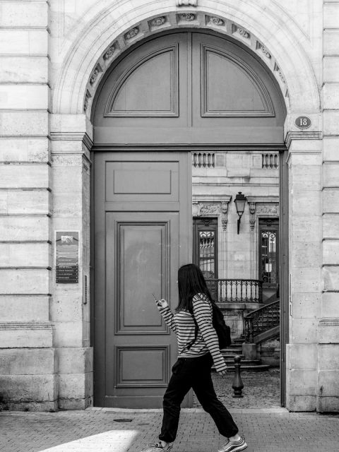 porte bordeaux