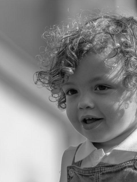 portrait enfant boucles