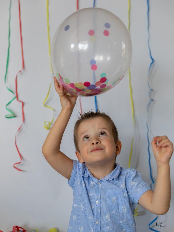 ballon-confettis-aiguille