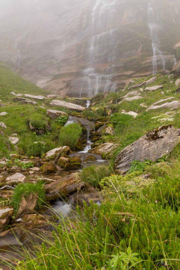 cascade-pays-basque-pause-longue