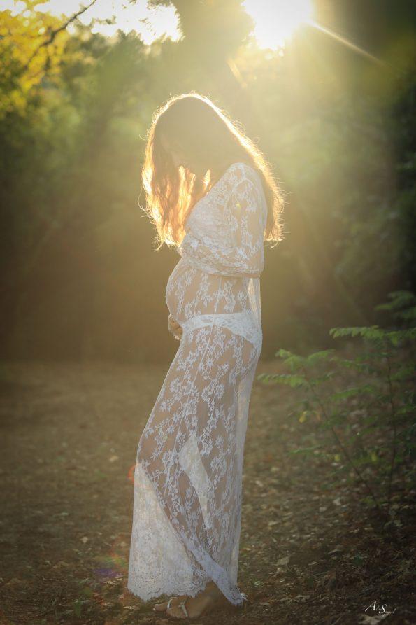 robe-dentelle-grossesse