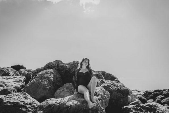 femme-enceinte-rocher