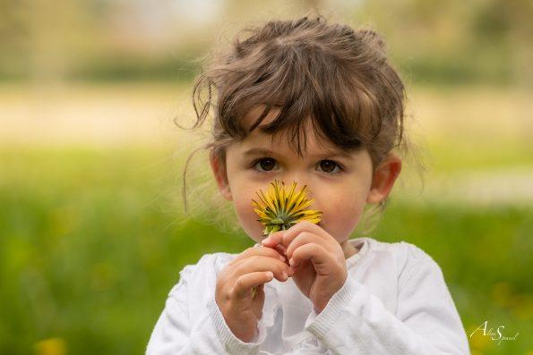 portrait enfant fleur